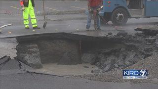 Water main break creates sinkhole in Tukwila