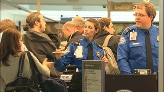 TSA plans for hiring blitz this weekend in the midst of turnover problems