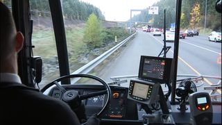 Buses to be allowed on I-5 shoulder lane to save time for transit riders