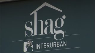 Seattle woman says SHAG doors close too fast