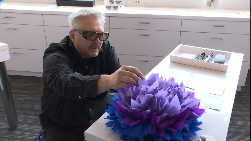 Technology helps colorblind people in Sammamish see colors for first time