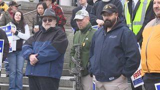 Gun rights advocates rally to defend 2nd Amendment