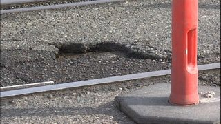 City of Seattle works to fix pothole problems