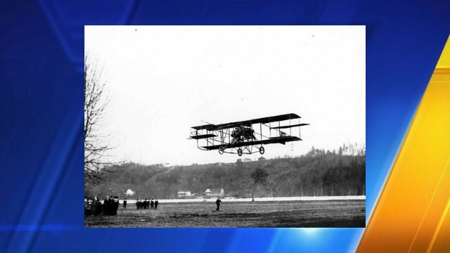 Night Flight To Nowhere Starts In Uw >> Today In History Charles Hamilton Pilots First Airplane In