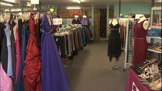 North Sound nonprofit giving away prom attire to qualifying students
