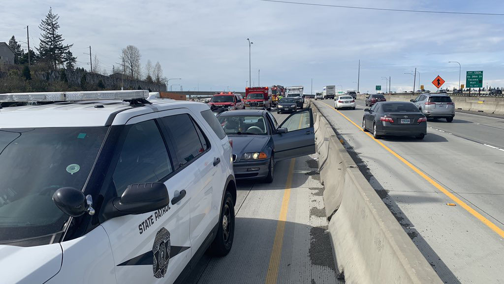 Troopers investigate fatal motorcycle crash on I-5 in Tacoma