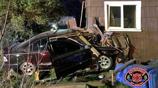 RAW: Car slams into Centralia duplex