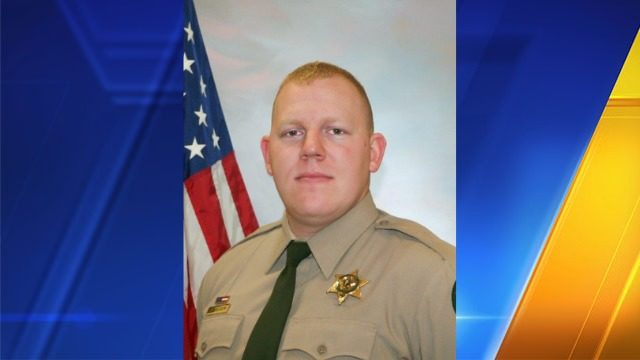 Officers kill suspect in Cowlitz County deputy's fatal