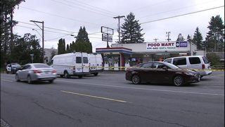 VIDEO: Everett police arrest man accused of killing store clerk