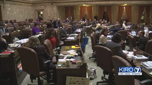 Nursing bill, made viral by senator's playing cards comment, heads to governor's desk