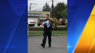 Police: Man accused of domestic violence, taking baby arrested in Lynnwood