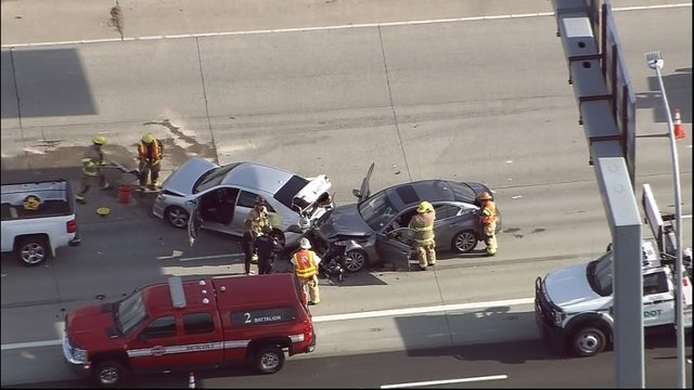 Pursuit ends in crash on SR 16 in Tacoma