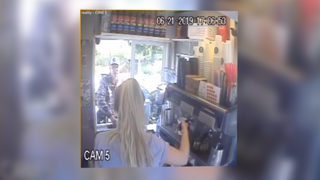 RAW: Kitsap robbery and chase