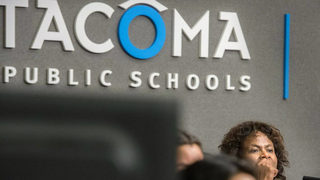 Laptops, furniture, pianos up for auction as Tacoma school district revives auction