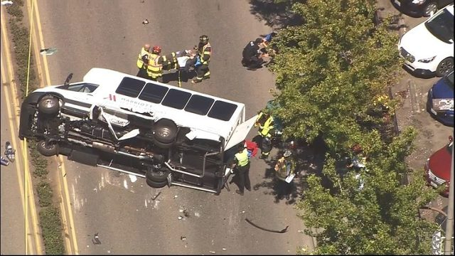 1 dead, several injured after bus accident in SeaTac | KIRO-TV